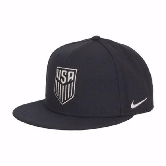 Nike Other - NIKE USA Soccer Core True Flat Bill Snapback